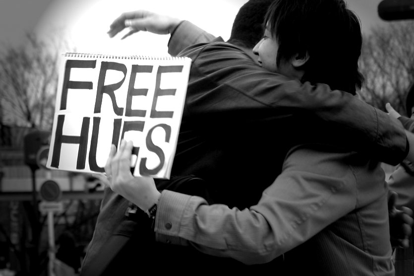 Hugs help protect against Colds by boosting social support